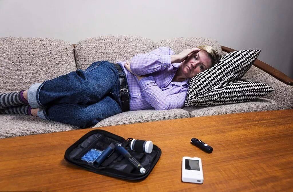 أعراض انخفاض السكر في الدم أثناء النوم
