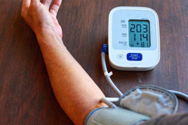 ارتفاع ضغط الدم   كيف أعرف أني مصاب ؟